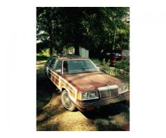 1988 Chrysler LeBaron Town and Country Wagon